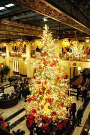 CHRISTMAS TREE ELEGANCE 2016