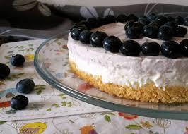no bake philadelphia torte mit heidelbeeren