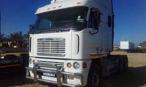 100 Cattle Truck For Sale SALE FOR TRUCKS AND TRAILERS WE ALSO SELLING CATTLE BODY TRUCKS CALL