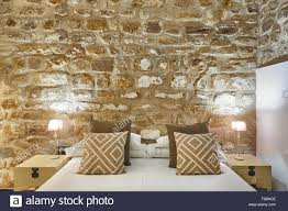 100 Modern Stone Walls Bedroom With Stone Walls Comfortable Modern Hotel Room