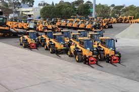 100 Jcb Melbourne Should I Hire Or Buy Construction Equipment