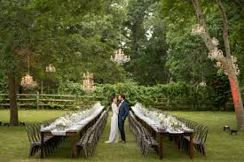 A Backyard Wedding In East Hampton Full Of Romantic Flowers | Brides Barrett Camilla Get Married Montgomery Al Olivia Rae James Home Wedding Tent Advice Elegant Backyard Wedding The Majestic Vision Karas Party Ideas Best 25 Backyard Ideas On Pinterest Outdoor Oltre Fantastiche Idee Su Casual Bbq Reception Decorations Diy