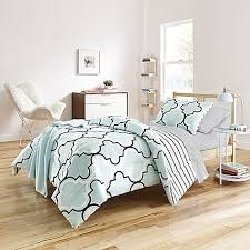 Twin Xl Dorm Bedding by College Dorm Comforters U0026 Twin Xl Bedding Sets Bed Bath U0026 Beyond