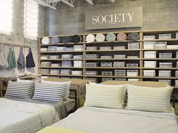 Bed Bath Beyond Burbank by La U0027s Best Bedding Boutiques For Stylish Sheets And More