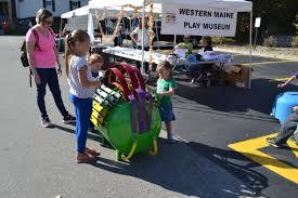 Pumpkin Festival Maine by Betty Shibles Memorial Scarecrow Fest And Pumpkin Car Derby Draws