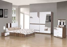 mirrored glass bedroom furniture The Elegant of Mirror Bedroom