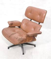 ROSEWOOD CHARLES EAMES FOR HERMAN MILLER LOUNGE C Vitra Eames Lounge Chair Charles Herman Miller Walnut Evans Lcw By And Ray Rosewood Ottoman Palm Beach And For For Sale At 1stdibs 670 Retro Obsessions Vintage Office Designs In Black Leather Rare White By A