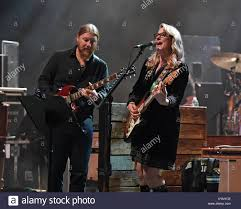 Boca Raton. 14th Jan, 2018. Derek Trucks And Susan Tedeschi Of The ... Derek Trucks Europe 2017 Music Should Be About On His First Guitar Live Rituals And Lessons Learned Tedeschi Band Wikipedia Bonnie Raitt Susan Trucksholland Intblufest Gibsoncom Signature Sg 2015 Black Crowesbob Weirsusan Turn On Your Rembers Uncle Former Bandmate Butch Rolling The Schedule Dates Events Tickets Axs Discography Couple That Plays Together Bring