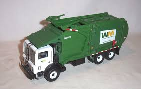 First Gear Waste Management Front End Loader Mack Garbage Truck 1:34 ...
