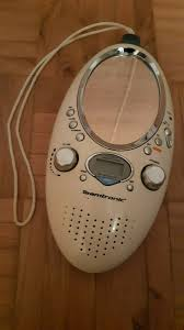 radio fürs badezimmer mit spiegel uhr und wecker
