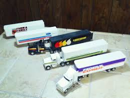 LOT Of ERTL 1:64 Scale Diecast Semi Tractor Trailers Fed Ex , John ... Custom Toy Trucks Moores Farm Toys Joe Paterno Colctibles Colors Bright Ertl Die Cast 164 Scale Autozone Freightliner Semi Truck Nip Free Ford Ln Semi Truck Brown By Top Shelf Replicas List Of Synonyms And Antonyms The Word Diecast Semi Fs Arizona Diecast Models Ih 4400 Die Cast Promotions Ancastore Contemporary Manufacture 180533 Red Black Peterbilt Small Bunk Day Carl Subler Trucking Vintage Winross 164factory Sample Farmer Lil 4 Big Boys