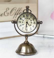 horloge de bureau design de bureau ancienne