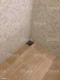 mosaik fliese design badezimmer mit dusche stockfoto und mehr bilder architektur