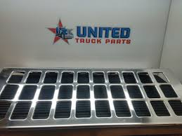 Trailer Parts | United Truck Parts Inc. Stock P2095 United Truck Parts Inc Sv1726 P2944 P1885 Sv1801120 Sv17224 Air Tanks Sv17622 P2192 Cab P2962