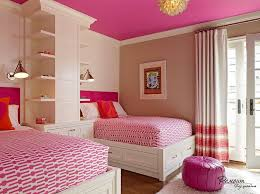 Decorating With Twin Beds