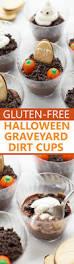 Halloween Cemetery Fence Diy by Best 25 Halloween Graveyard Ideas On Pinterest Halloween