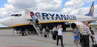 selection siege air transat globes ryanair inaugurates tel aviv flights