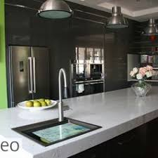 A Birght And Modern Kitchen