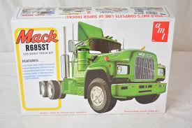 AMT 1039 1/25 Scale Mack R685st Semi Tractor Truck Plastic Model Kit ... 3 Easy Steps To Configure Work Truck Wetline Kits Parker Chelsea Grizzlor Papercraft Model Spyker Enterprise Plastic Trucks Youtube Hoovers Glider Rc4wd Trail Finder 2 Kit Wmojave Ii Body Set Tamiya 114 King Hauler Tractor Towerhobbiescom Rc Land Air Water Scale From Rocousa Out Of Production Top Car Reviews 2019 20 Peterbilt Peterbuilt Wrecker Revell 125 Build Re Amazoncom Round Llc Kenworth W925 Movin On Semi Toys Tennessee Dealer Skirts Emission Standards With Legal Loophole New Models Best