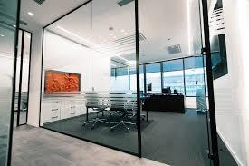glastrennwände im industrielook oder cleanen design