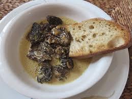 cuisiner les morilles file croûte aux morilles 03 jpg wikimedia commons