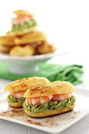 cuisine ch e clair miel ricotta eclairs avocado e gamberi che buono