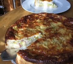 pikante lauch torte mit schinken und käse lotta kochende