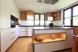 gemütliche traditionelle küche laserer tischlerei küchen