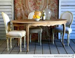15 Awesomely Adorned Vintage Dining Rooms