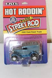 Amazon.com: Vintage Toy, 1989 ERTL Custom Street Rod, 1932 Ford ... Vintage Metal Toy Truck With Hydraulic Loaded Moving Bed 20 Long Vintage Childs Metal Toy Fire Truck With Dveri Ardiafm Hubley 1960s Green Free Images Car Vintage Play Automobile Retro Transport Old Antique Toys Some Rare And In Excellent Cdition Buddy L Trucks Bargain Johns Antiques Ice Delivery Car Pink Fort Worth Plastic Toy Lorry Images Google Search Old Toys Junky Creating Character What I Keep Wednesday Urban Antique Smith Miller Cast Gmc Coe Dump 18338770