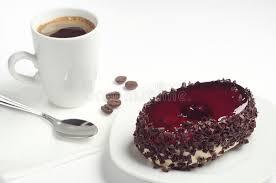 kuchen mit kirschgelee und kaffee fotos kostenlose und