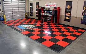 Racedeck Flooring Vs Epoxy by Snaplock Industries Racedeck Circle Track Garage Floor Tile