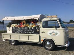 This New Mobile Business Peddles In Season Flowers From A Vintage VW Bus
