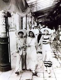 Three Moga Modern Girls Stroll A Street In Kageyama Koyo Japan 1928