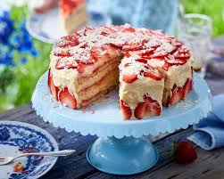 erdbeer creme torte
