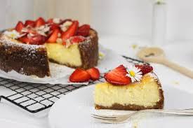 rezept saftiger erdbeer cheesecake einfach selber machen