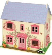 la maison du jouet pourquoi la maison de poupées en bois est le jouet rêvée de toutes