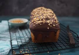 fluffig saftiger nusskuchen mit schokolade