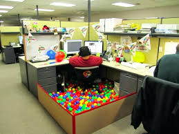 Halloween Cubicle Decorating Ideas by Articles With Office Cubicle Decorations Pictures Tag Cubicle