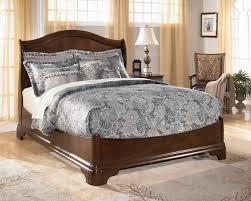 Huey Vineyard Queen Sleigh Bed by Amazon Com Belcourt Queen Platform Bed Kitchen U0026 Dining