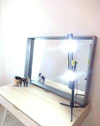 portable makeup light – mirror