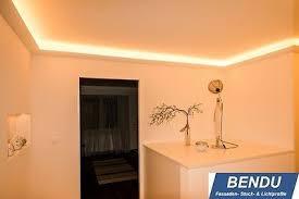 indirekte led beleuchtung decke stuckleisten lichtvouten