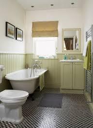 traditionelles bad im landhausstil bild kaufen