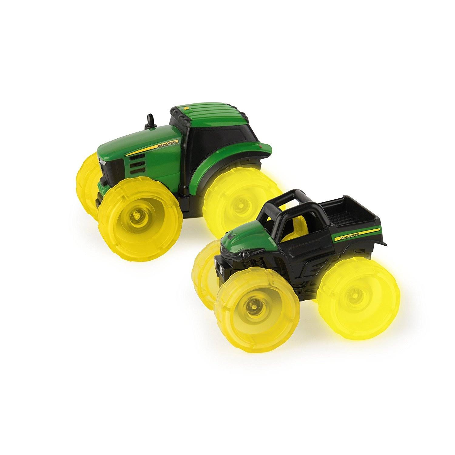 John Deere Monster Treads Lightning Wheels Gator Toy