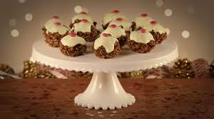 Rice Krispie Christmas Tree Treat Recipe by Christmas Pudding Rice Krispie Cakes Youtube
