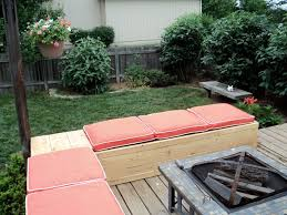 Wooden Pallet Patio Furniture Plans by Do It Yourself Pallet Lawn Furniture Easy Diy And Crafts