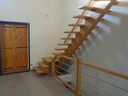 escalier quart à limon central alès gard uzès les angles