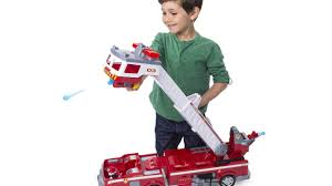The Hottest New Christmas Toys - Amazon's Top Holiday Toys 2018 ... Little Red Fire Engine Truck Rideon Toy Radio Flyer Designs Mein Mousepad Design Selbst Designen Apache Classic Trike Kids Bike Store Town And Country Wagon 24 Do It Best Pallet 7 Pcs Vehicles Dolls New Like Barbie Allterrain Cargo Beach Wagons Cool For Cultured The Pedal 12 Rideon Toys Toddlers And Preschoolers Roadster By Zanui Amazoncom Games 9 Fantastic Trucks Junior Firefighters Flaming Fun