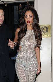 Nicole Scherzinger Shower by Nicole Scherzinger Covers Her Bum As She Shows Off Her Jaw