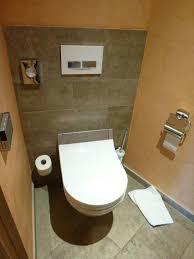 badezimmer mit grosser badewanne picture of elztalhotel